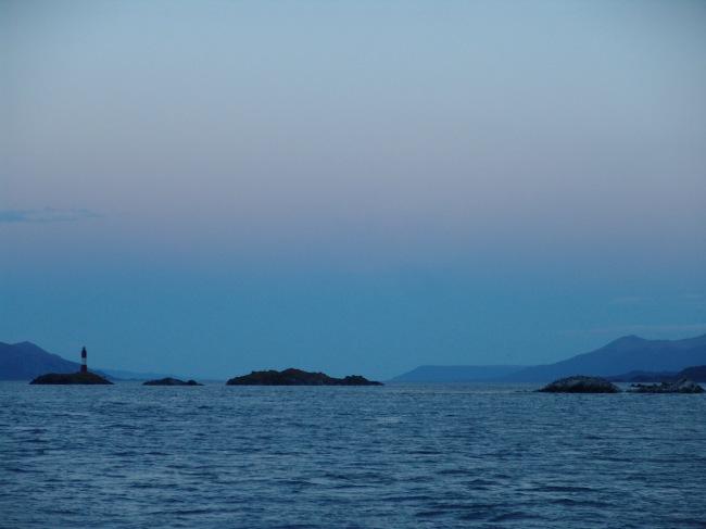 02 1. Beagle - Bahía Ushuaia